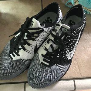 Nike Black and white Oreo flyknit racer